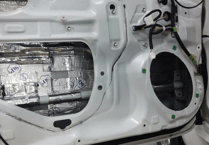 Шумоизоляция дверей машины