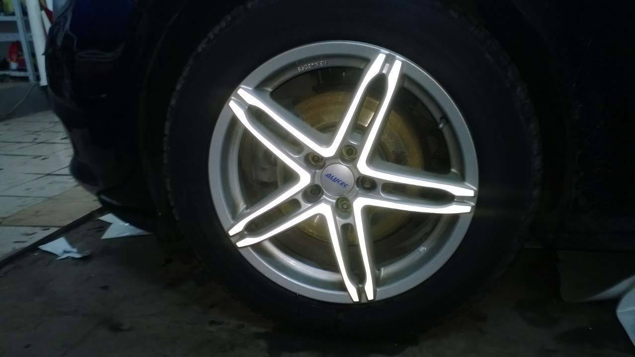 Флуоресцентная пленка на диски